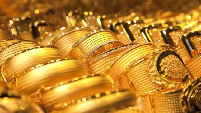 إتجاه الذهب لأكبر مكسب أسبوعي له منذ شهر وتراجع للدولار