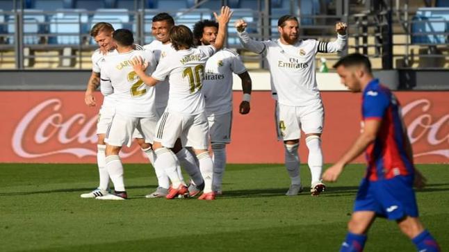 ريال مدريد اكتفى بشوط واحد وأمتع مشجعيه بثلاث أهداف رائعة على إيبار في أول مباراة بعد العودة