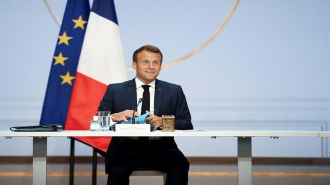 الرئاسة الفرنسية تنفي أي نية لدى إيمانويل ماكرون للاستقالة