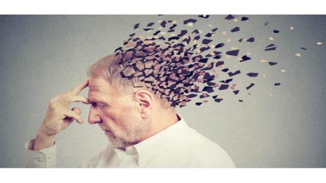 أخطر العادات اليومية التي تتأثر بها خلايا المخ السهر وقلة شرب المياة
