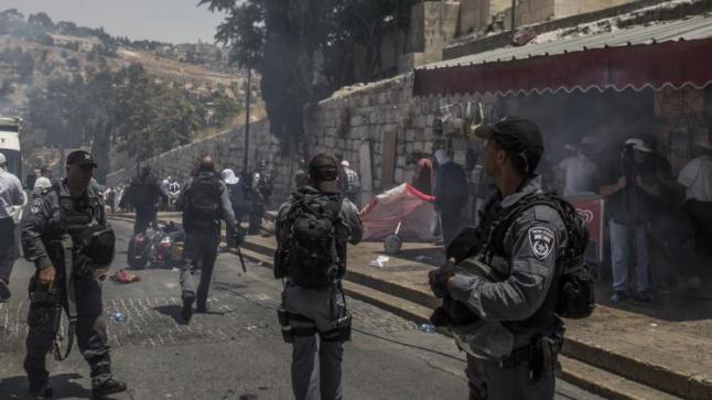 مستوطنون يقتحمون الأقصى صباح اليوم وتعزيزات لجيش الاحتلال في أرجاء الضفة الغربية