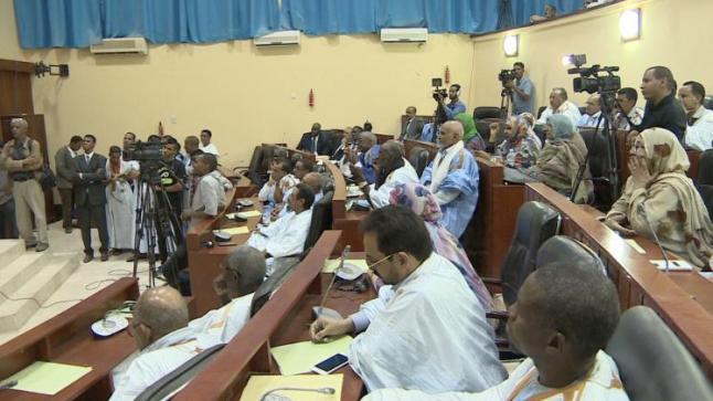 الشرطة الموريتانية تفض مسيرات احتجاجية على التعديلات الدستورية باستخدام القوة