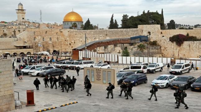 ترامب يبلغ العاهل الأردني والرئيس المصري نيته حول نقل السفارة الأمريكية إلى القدس