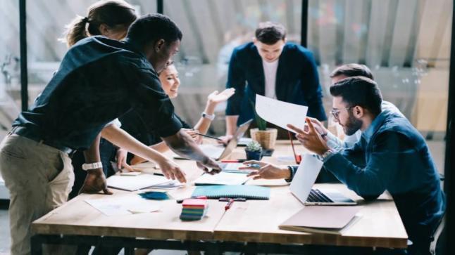 ارتفاع نسب التوظيف بالقطاع الخاص لما يقارب 20 بالمائة في خلال الربع الأول لعام 2020