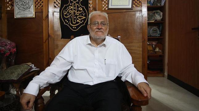 عكرمة صبري يشير إلى أن ضخامة اعداد المصلين في شوارع القدس أصابت الإسرائيليين بالارتباك