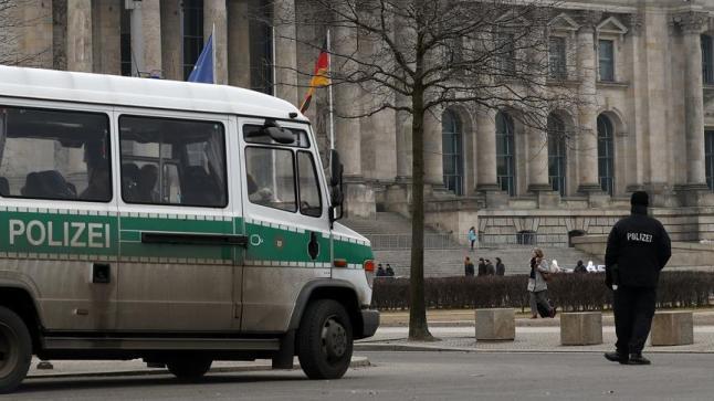 جماعة يمينية متطرفة تحاول اقتحام وزارة العدل الألمانية ردا على قانون مكافحة خطابات الكراهية