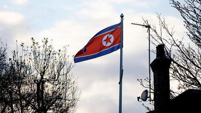 الولايات المتحدة الأمريكية ترسل حاملة طائرات جديدة لشبه الجزيرة الكورية