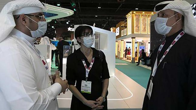الإمارات تسجل 479 حالة إصابة وشفاء 1217 مصاب
