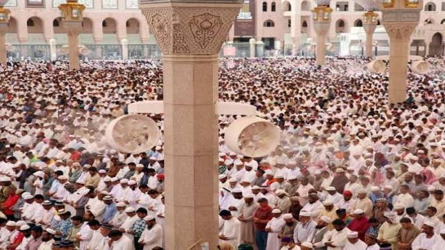 فتح مساجد مكة بداية من فجر الأحد المقبل