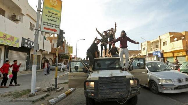 تدعم اليونان سعي مصر لحل سياسي داخل ليبيا