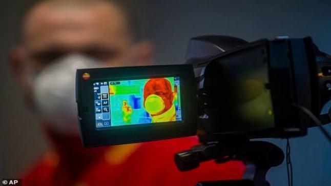 طريقة عمل كاميرات التصوير لفيروس كوفيد 19 