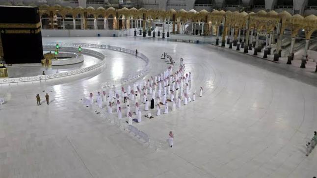 إقامة الحج بأعداد قليلة لحجاج داخل السعودية