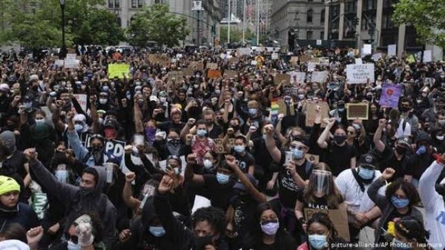 استمرار مظاهرات أمريكا والمنظمون نأمل بجمع مليون متظاهر