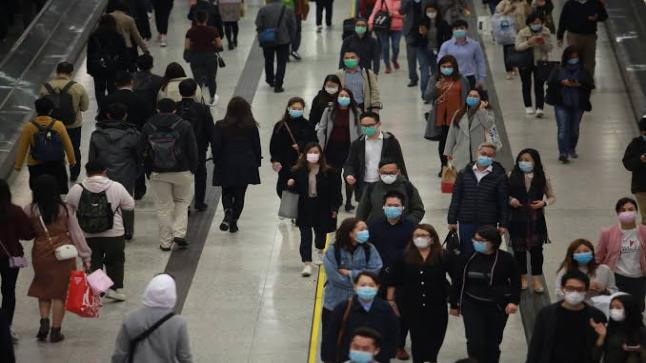 بريطانيا تقترب من تسجيل 52 الف حالة وفاة بسبب فيروس كورونا