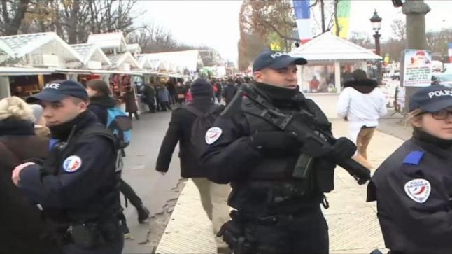 فرنسا تشهد استنفار أمني ضمن إستعدادات إحتفالات أعياد الميلاد
